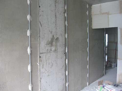 Как установить маяк для штукатурки стен
