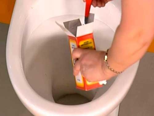 Избавится от засора в ванной в домашних условиях 785