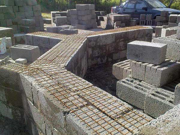 Кладка стены из керамзитобетона блока послойная укладка бетона