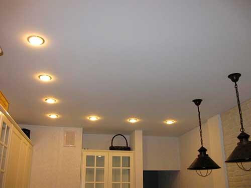 Светильники для натяжного потолка: точечные, потолочные встроенные ... | 375x500